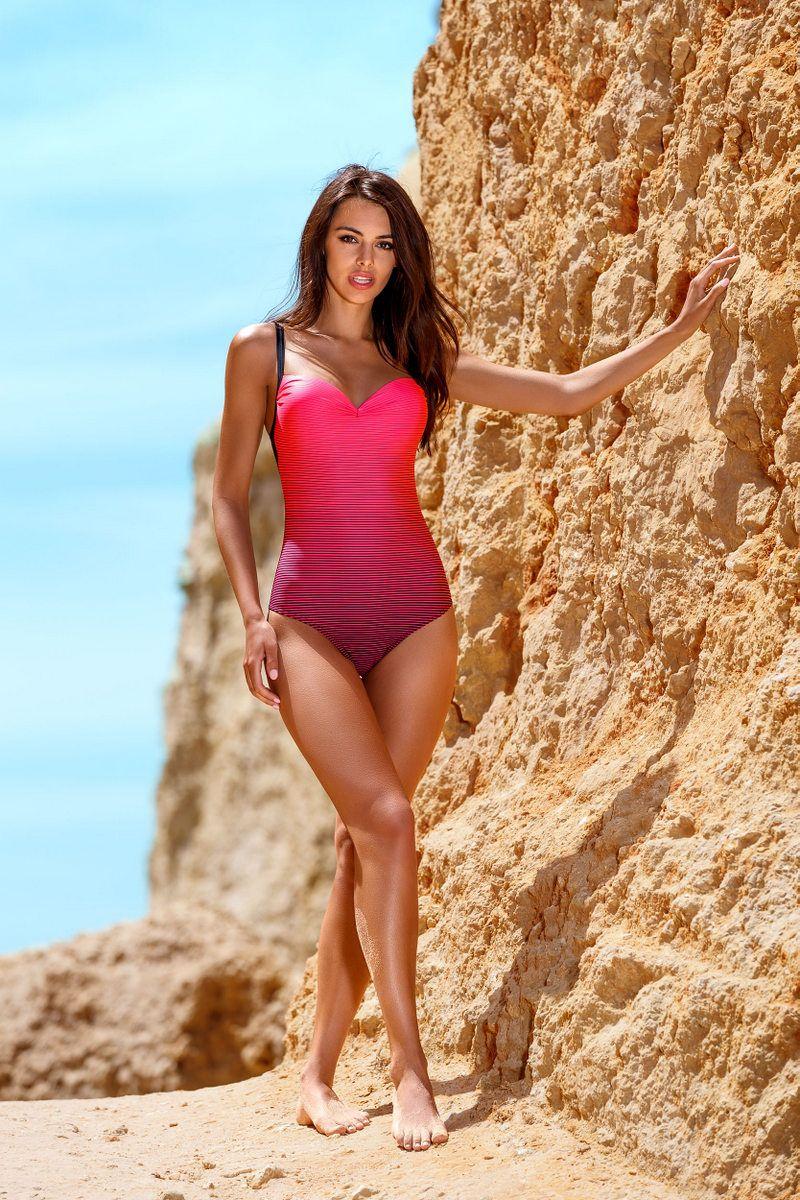 Costum de baie Lorin roz de lux intreg cu efect push-up din material elastic