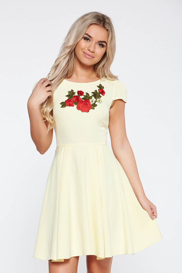 Yellow elegant cloche dress slightly elastic fabric with embroidery details