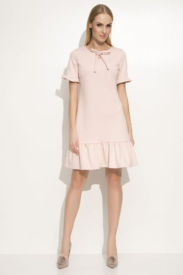 Makadamia rosa dress elegant flared slightly elastic fabric with ruffles at the buttom of the dress