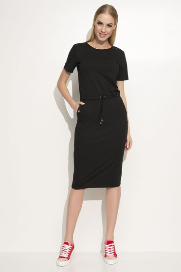 Makadamia black dress casual with straight cut slightly elastic fabric with front pockets