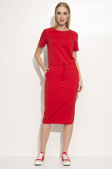 Makadamia red dress casual with straight cut slightly elastic fabric with front pockets