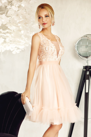 Fofy rosa occasional cloche dress from tulle with floral details with 3d effect