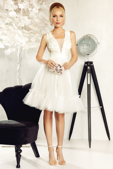 Fofy white occasional cloche dress from tulle with floral details with 3d effect