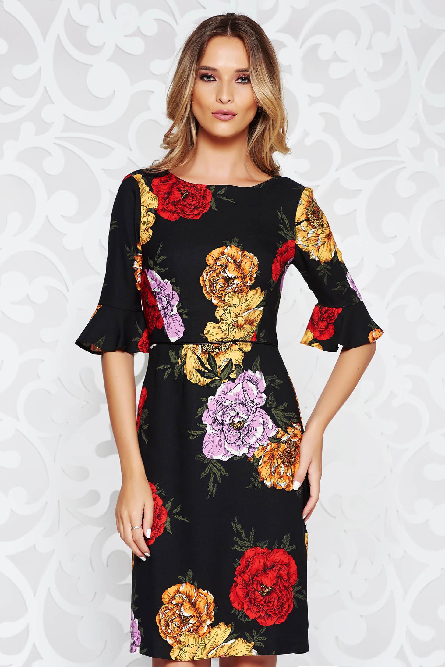 185687c63c Fekete elegáns ruha nem rugalmas anyag belső béléssel harang virágmintás  díszítéssel