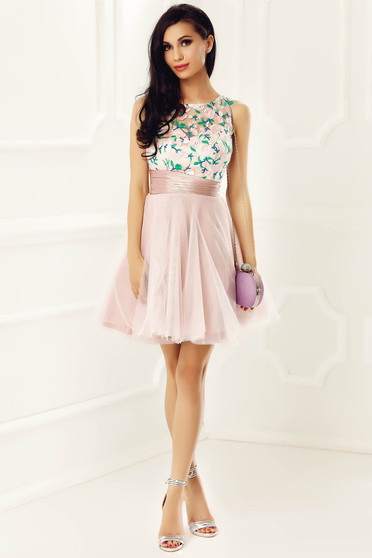 Occasional sleeveless cloche dress nonelastic fabric embroidered with inside lining rosa