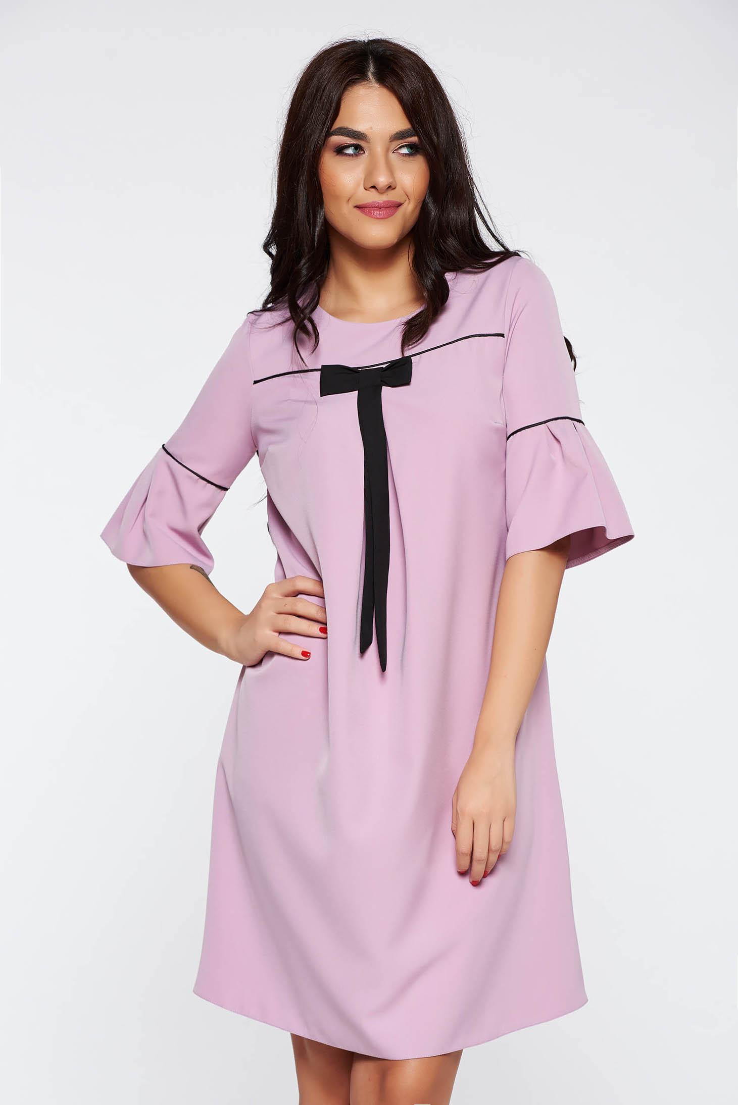Világos rózsaszín elegáns bő szabású ruha enyhén rugalmas szövet harang  ujjakkal c19ecee19b