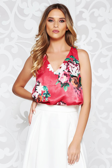 Casual flared top shirt from satin fabric texture with floral print pink