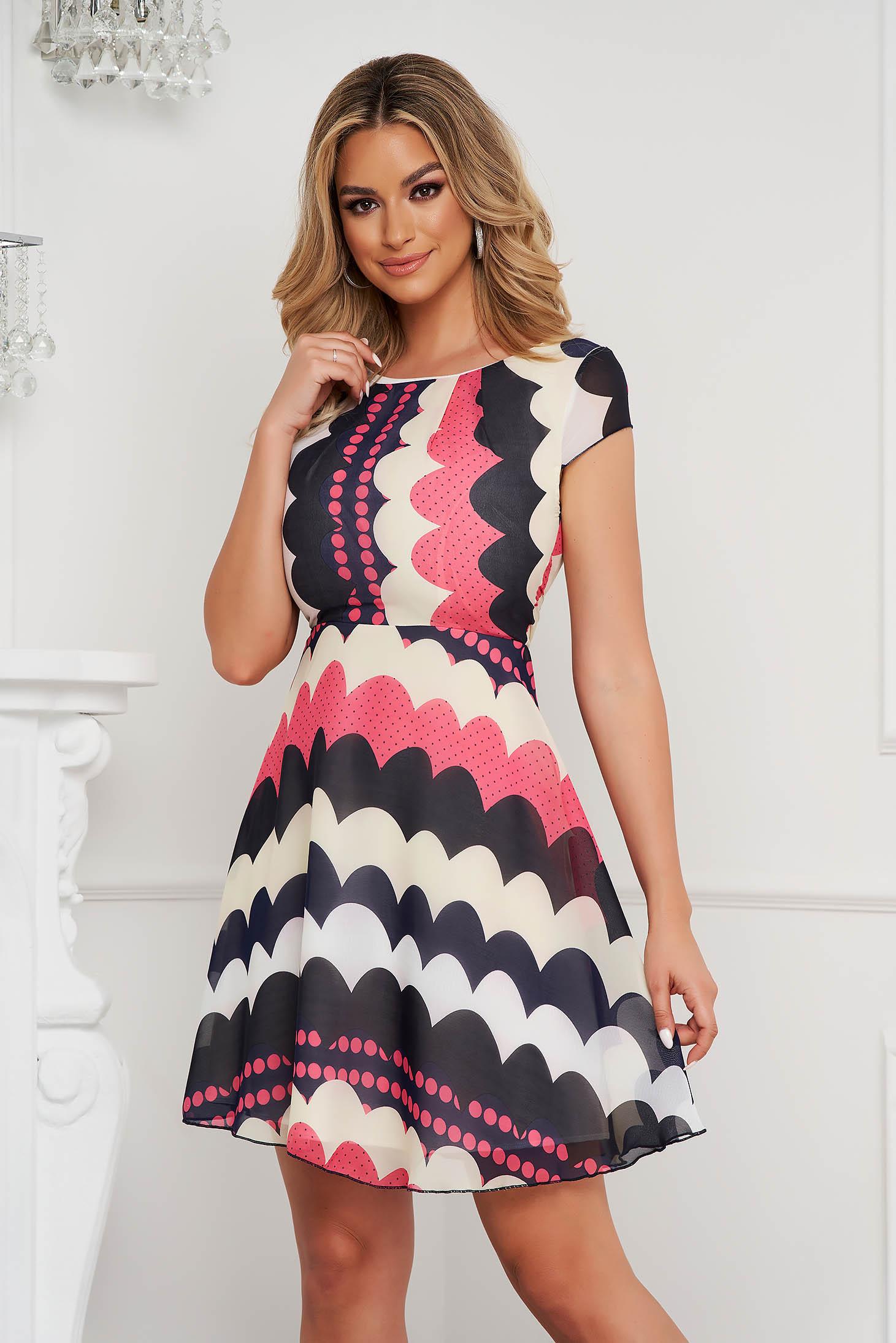 Pink hétköznapi harang ruha szellős anyagból rugalmatlan anyagból és béléssel