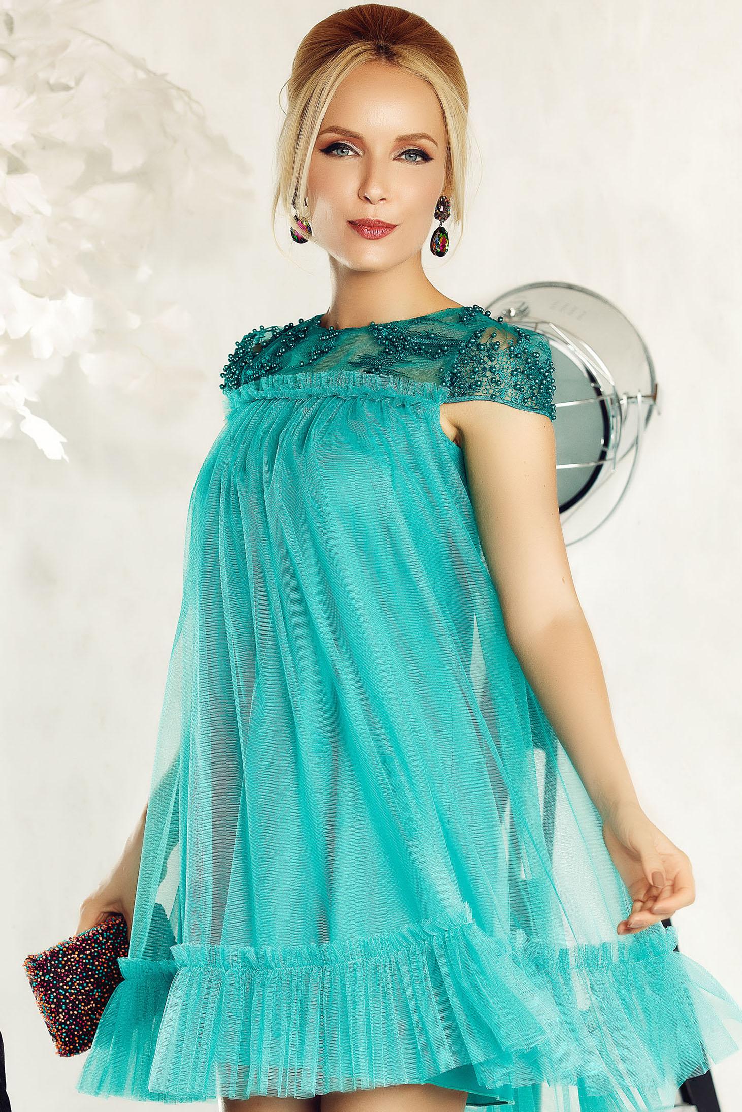 7ecbb4bf73 Zöld Fofy bő szabás alkalmi tüll ruha csipkés anyag gyöngy díszítéssel  belső béléssel