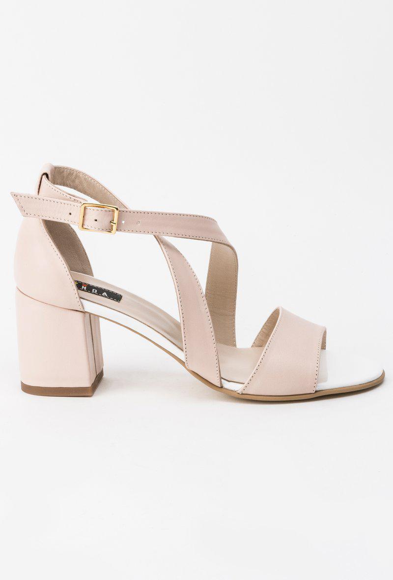 Sandale crem elegante din piele naturala cu toc inalt cu
