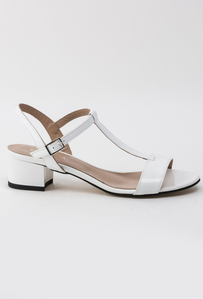 White sandals natural leather office