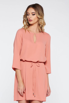 Peach casual flared dress nonelastic fabric is fastened around the waist with a ribbon