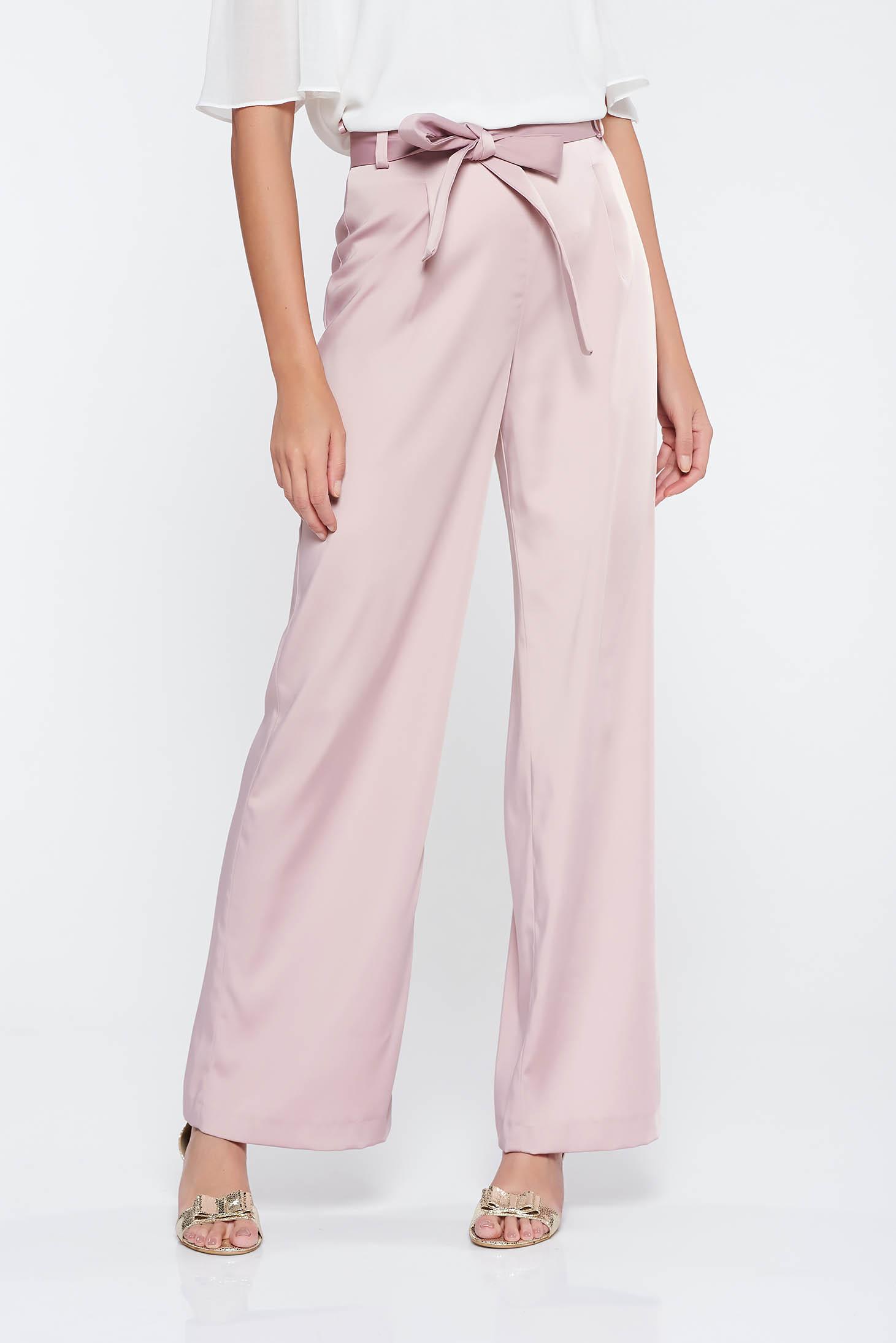 Rózsaszínű elegáns magas derekú bővülő nadrág enyhén elasztikus szövet övvel ellátva