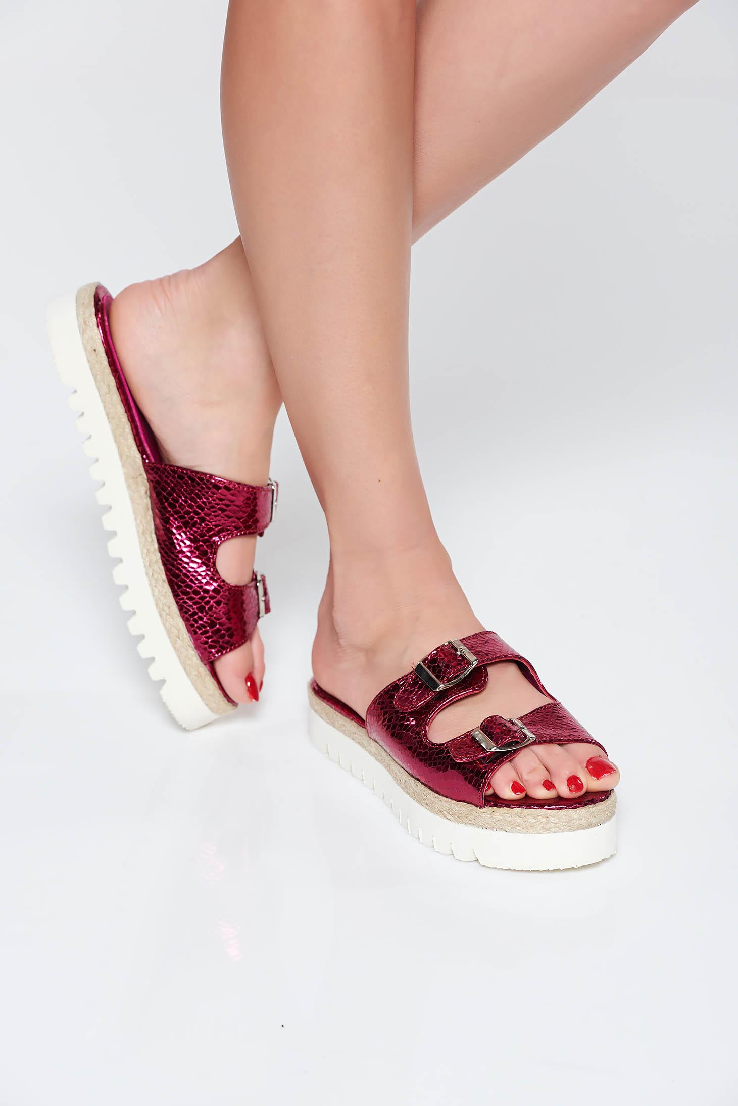 Papuci StarShinerS roz casual din piele naturala cu talpa joasa accesorizati cu catarame