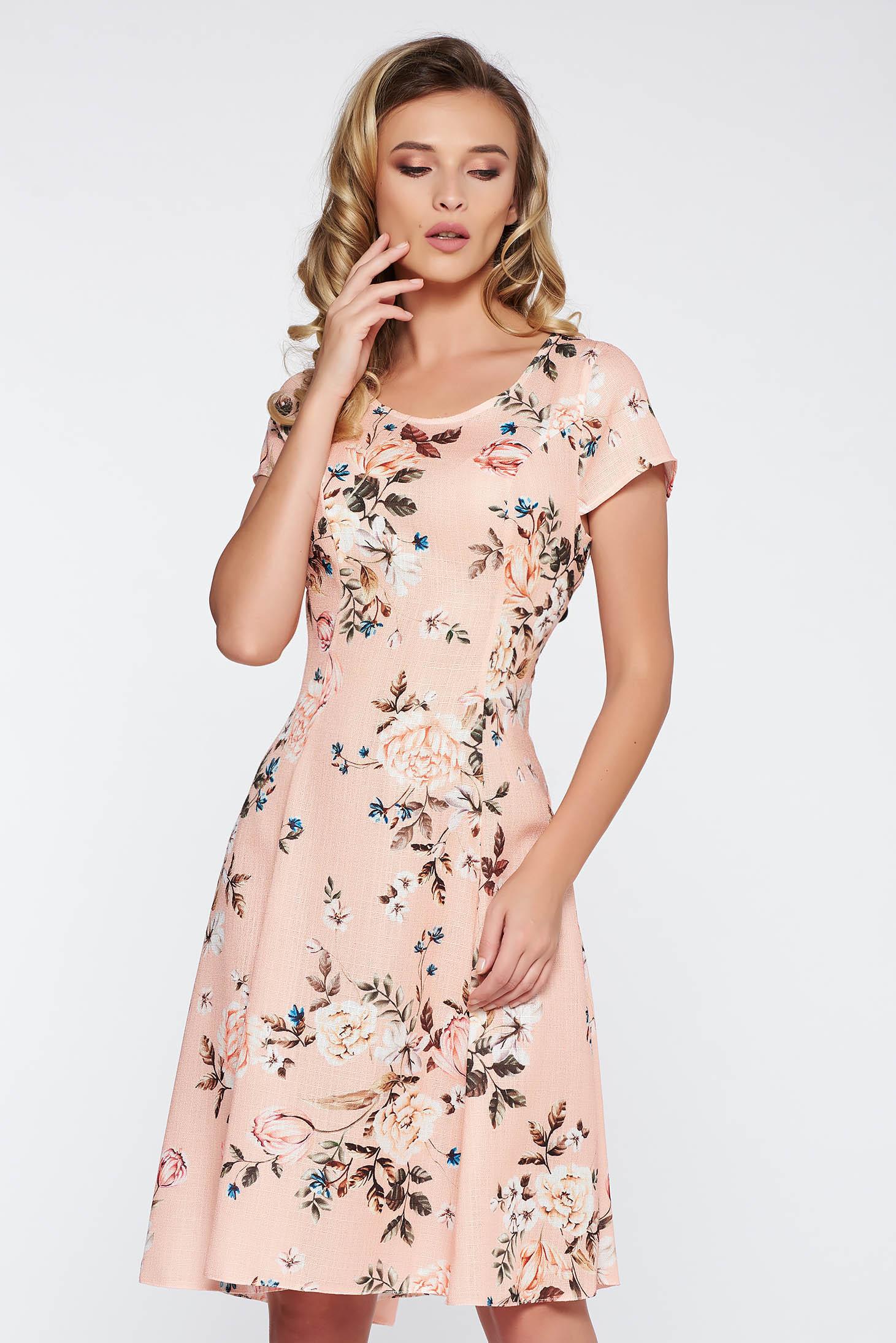 Rochie piersica de zi midi in clos din material neelastic cu imprimeuri florale