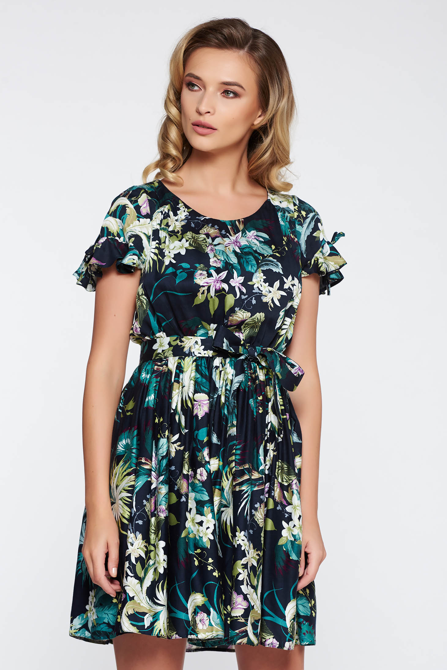 Green daily cloche dress thin fabric with elastic waist with ruffled sleeves