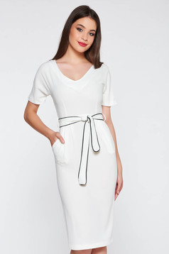 StarShinerS white elegant dress with tented cut from soft fabric accessorized with tied waistband