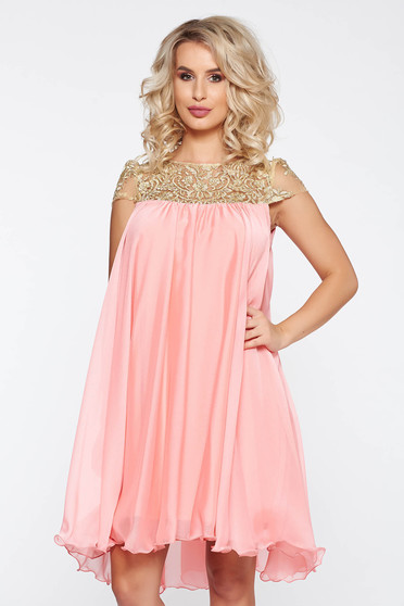 Artista peach occasional with easy cut dress with embroidery details from veil with inside lining