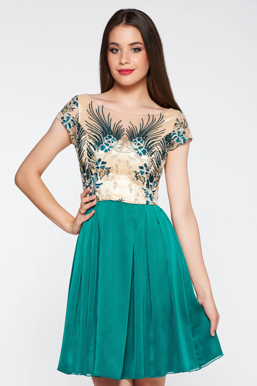 Green occasional cloche dress from laced fabric