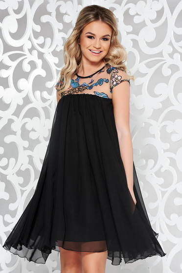 StarShinerS black occasional dress from veil fabric with inside lining with easy cut with sequin embellished details