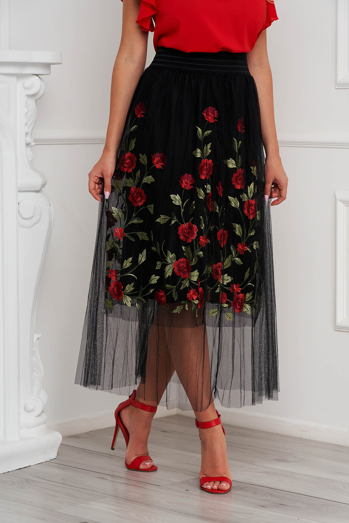 SunShine black skirt casual embroidered from tulle with inside lining high waisted