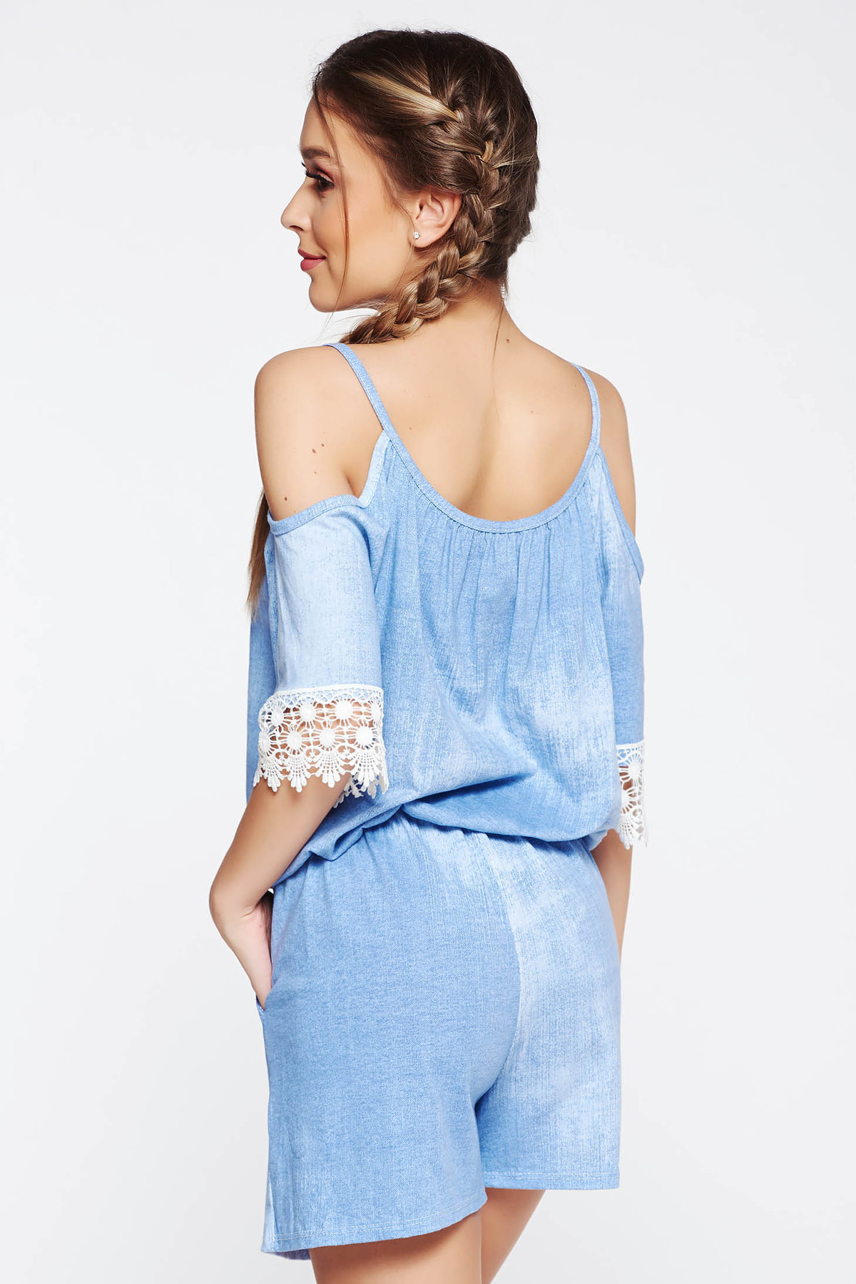 Salopeta SunShine albastra casual cu croi larg cu elastic in talie cu umeri decupati si aplicatii de dantela
