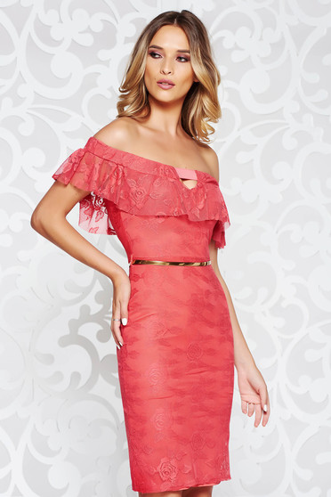 Coral elegant pencil dress laced with inside lining off shoulder accessorized with belt