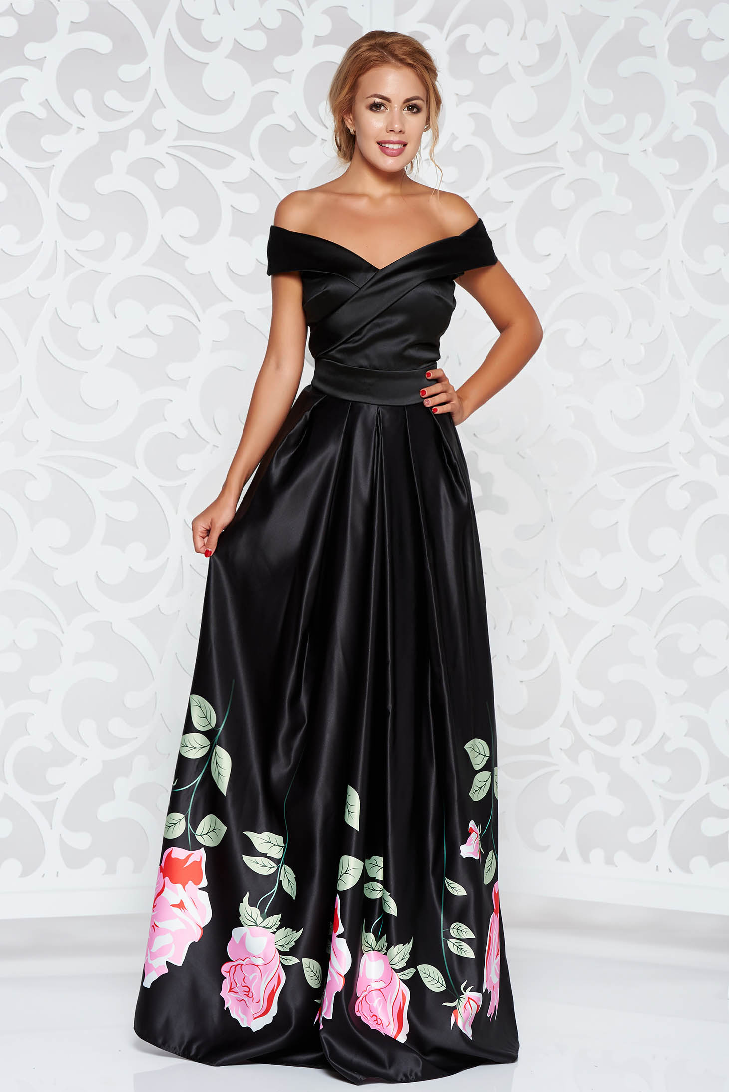 Fekete Artista alkalmi ruha szatén anyagból virágmintás díszítéssel harang  váll nélküli 450e3f0301