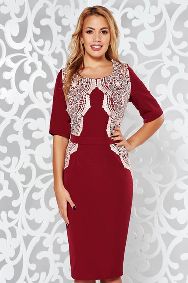 Burgundy occasional midi dress slightly elastic fabric with lace details