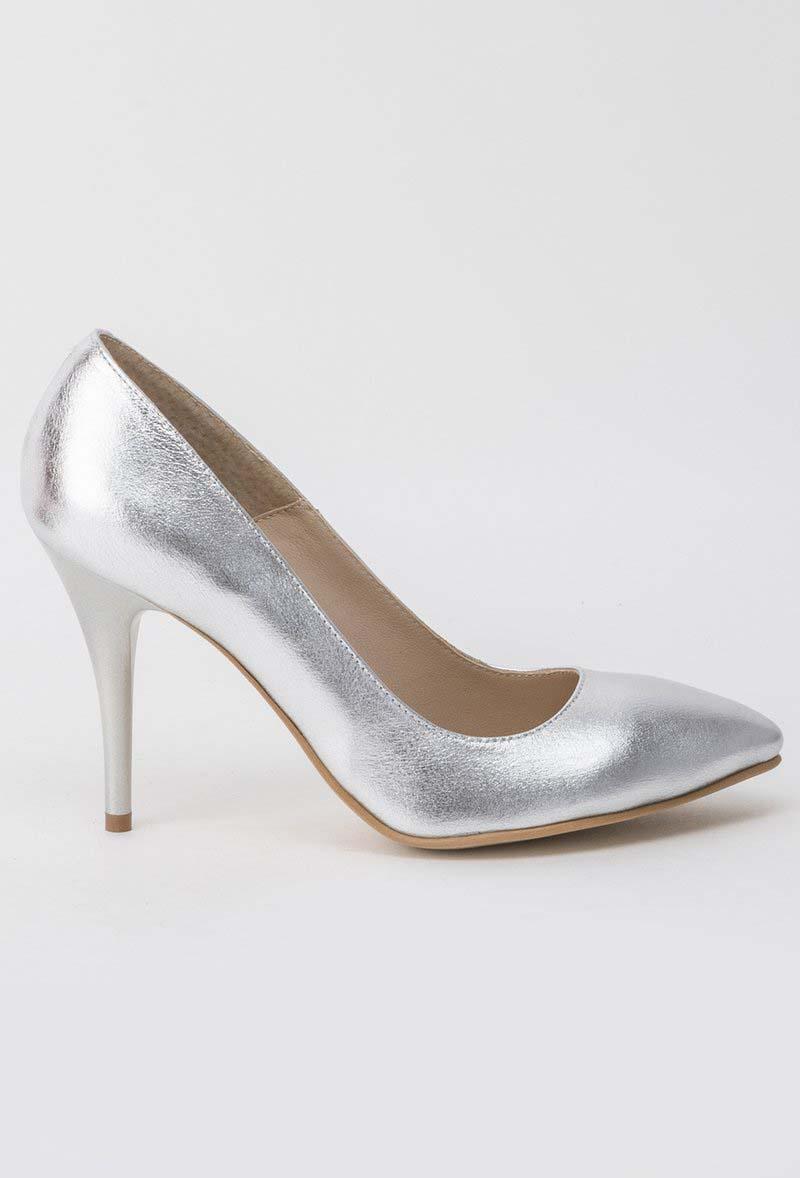 Pantofi argintiu elegant din piele naturala cu varful usor ascutit si toc inalt