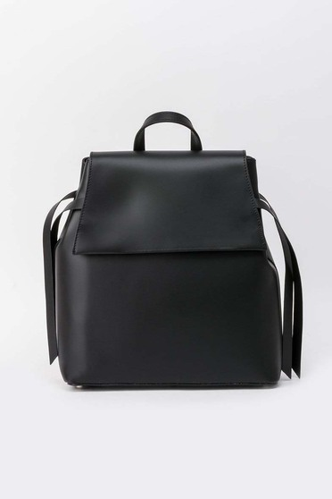 Black casual backpacks natural leather