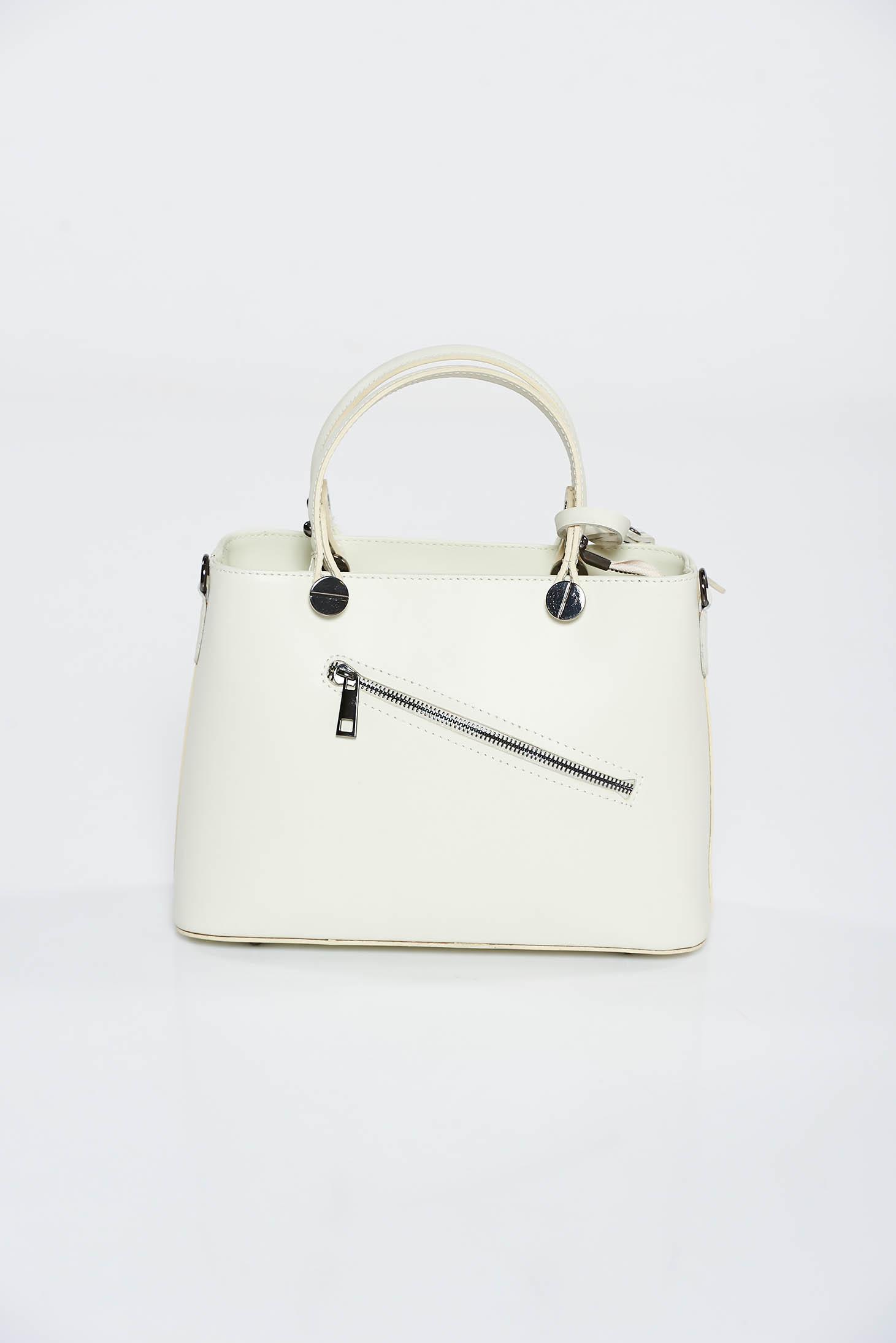 8c82ca4de0b4 Bézs irodai táska két, közepes hosszúságú füllel