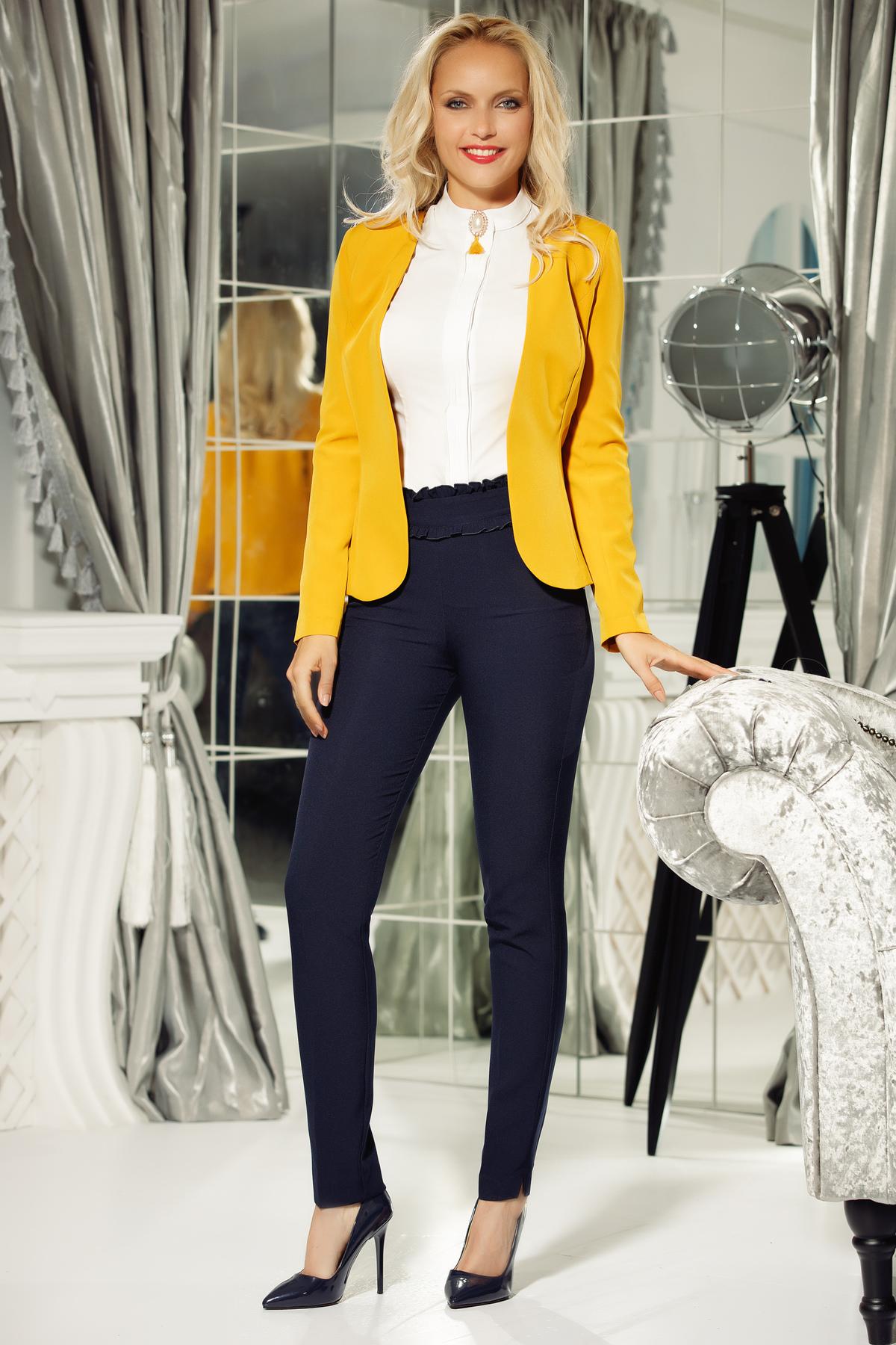 Camasa dama Fofy alba office din bumbac usor elastic cu un croi mulat accesorizata cu brosa