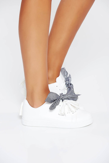 White sneakers casual with lace low heel from ecological leather