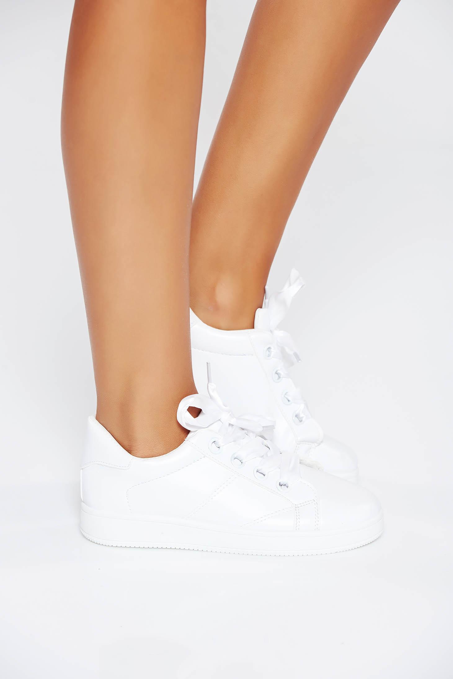 Pantofi sport albi casual din piele ecologica cu talpa usoara