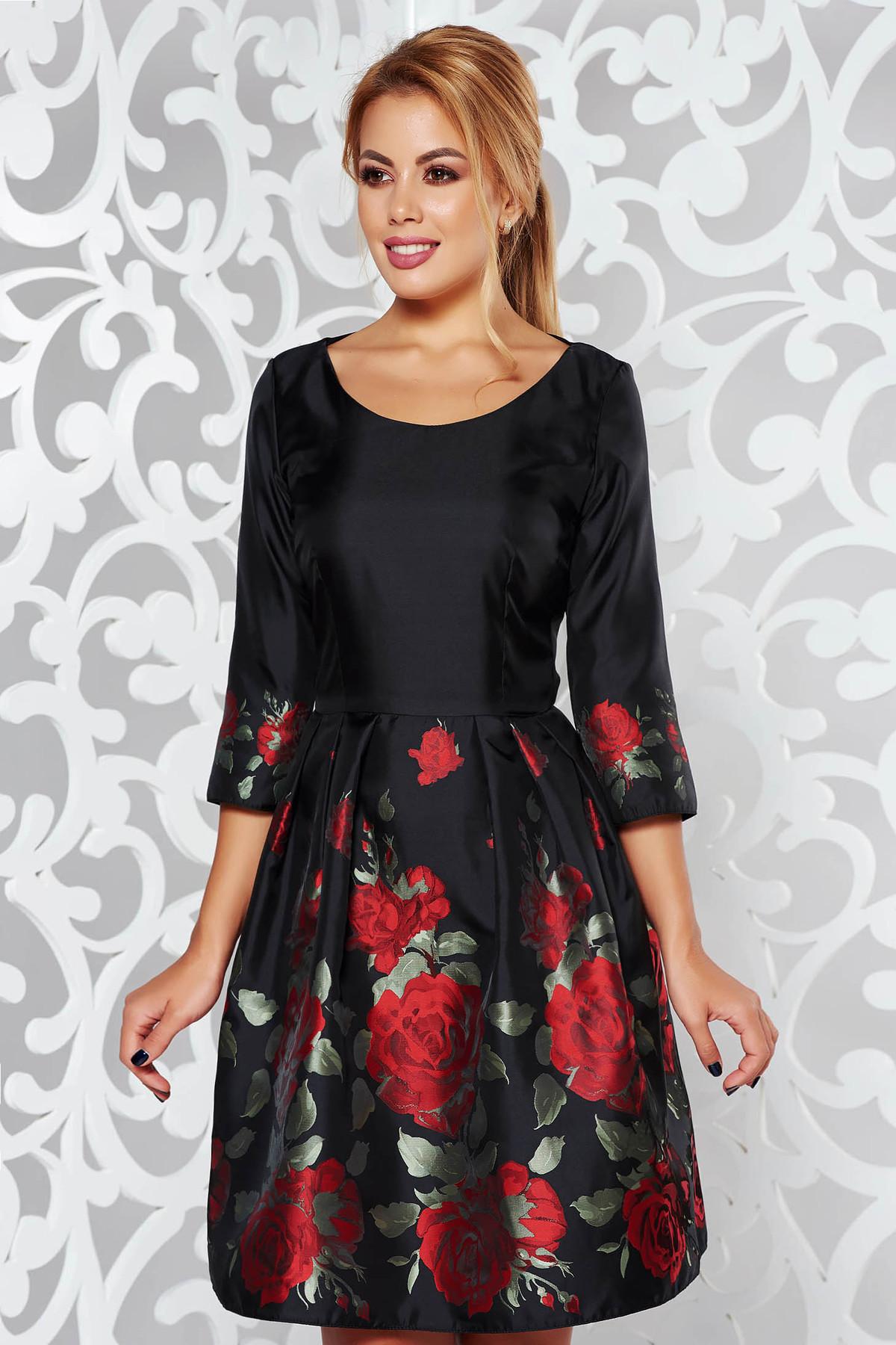 Rochie PrettyGirl neagra de ocazie in clos din material lucios cu imprimeuri florale