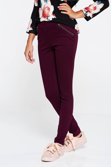 Burgundy casual trousers with medium waist with tented cut slightly elastic fabric