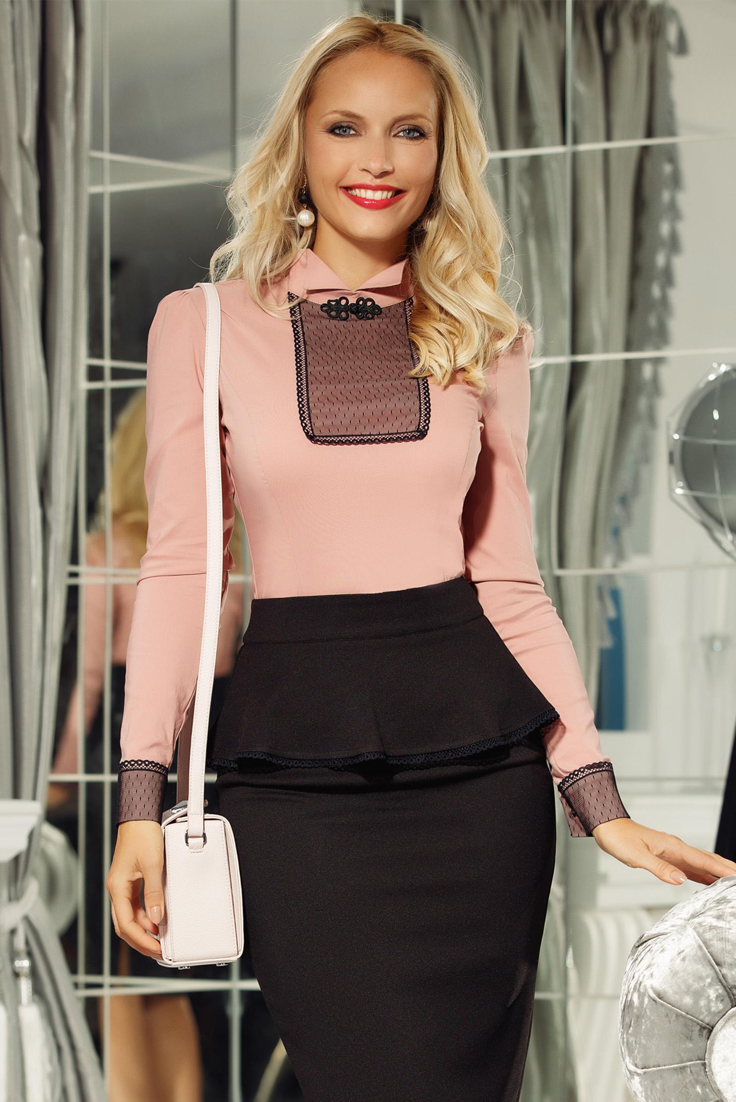 Camasa dama Fofy rosa office cu un croi mulat din bumbac usor elastic cu aplicatii de dantela