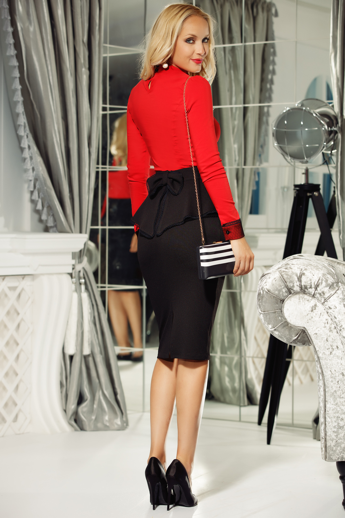 Camasa dama Fofy rosie office bumbac usor elastic cu un croi mulat