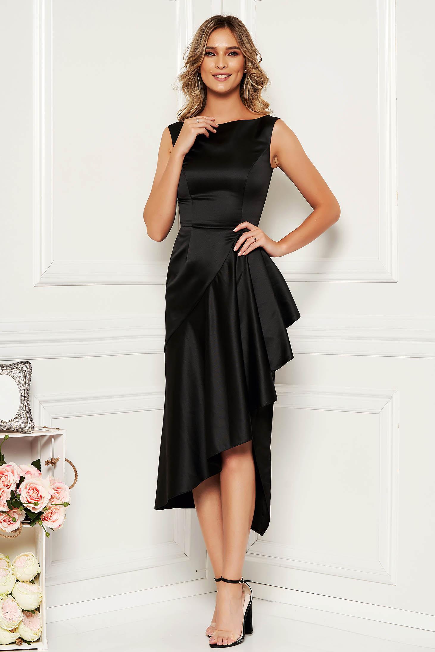Fekete alkalmi ujj nélküli aszimetrikus ruha szatén anyagból fodrokkal