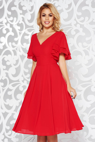 Red dress occasional cloche from veil fabric with inside lining with v-neckline