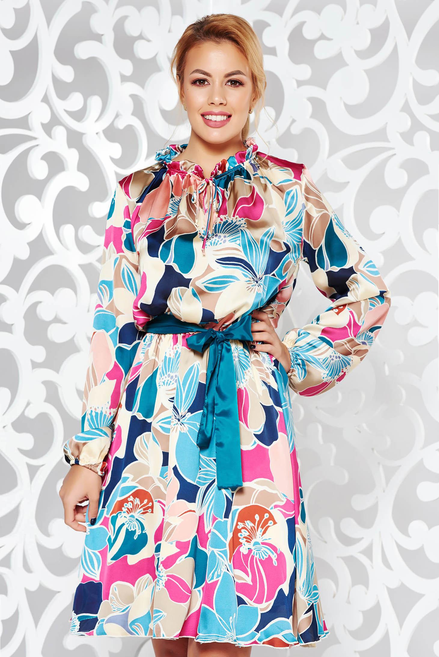 58d1892947 Rózsaszínű PrettyGirl hétköznapi harang ruha szatén anyagból derékban  rugalmas övvel ellátva