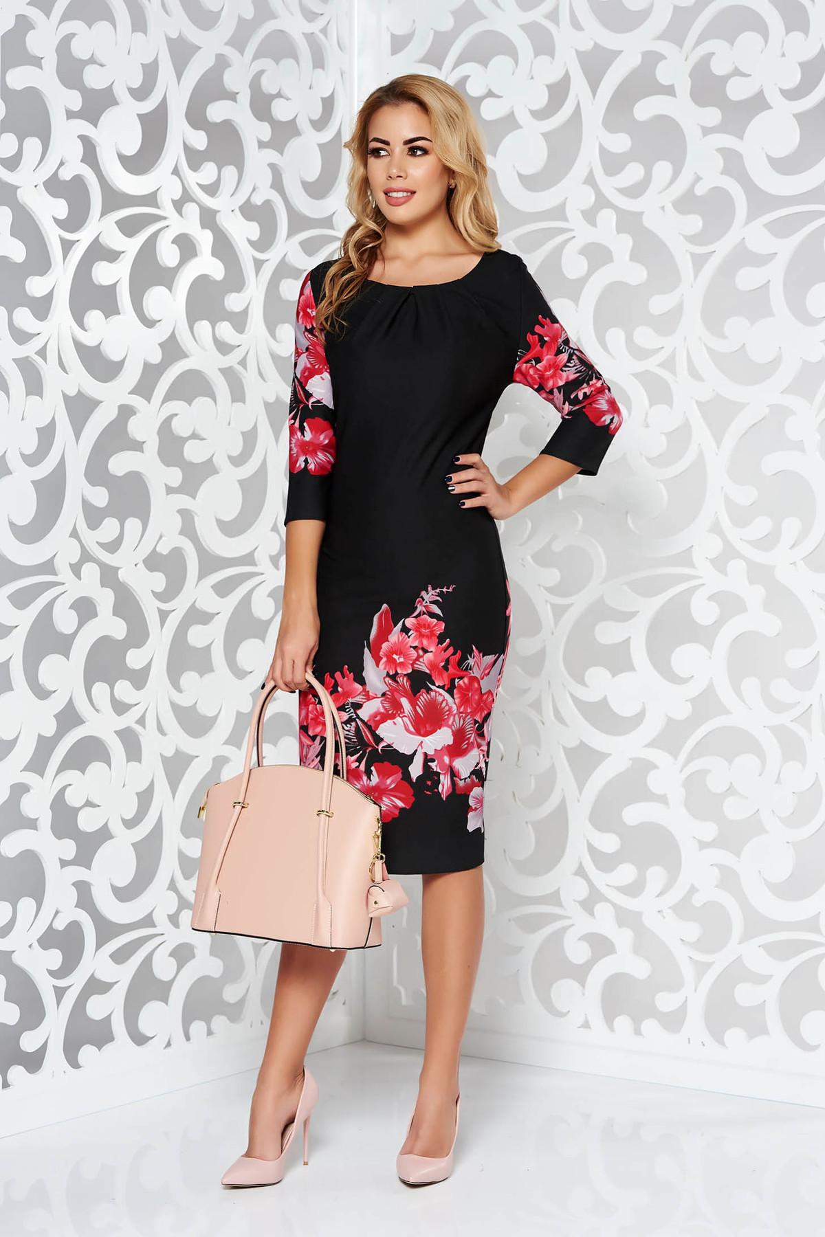 Rochie neagra de zi midi cu un croi mulat din material elastic cu maneci trei-sferturi