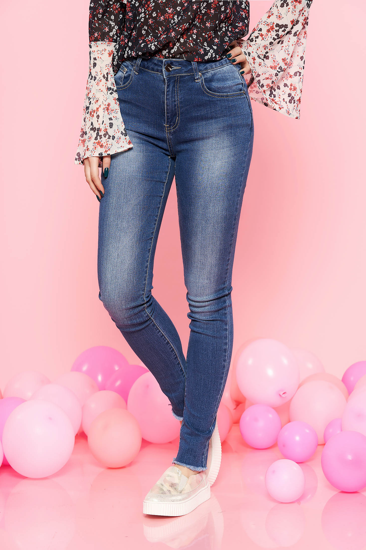 Top Secret blue skinny jeans with medium waist slightly elastic cotton with pockets