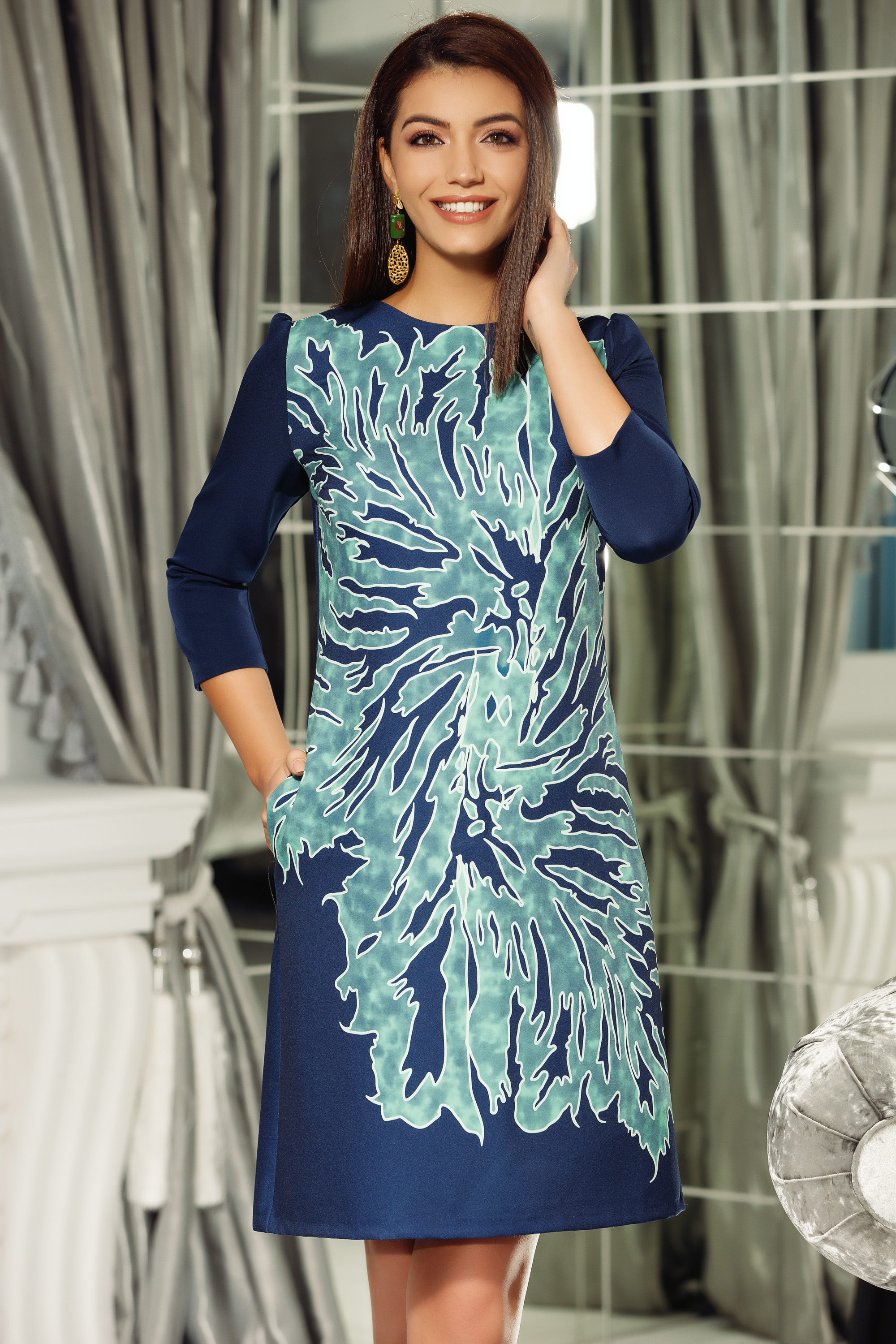 Fofy green office a-line dress slightly elastic fabric with 3/4 sleeves