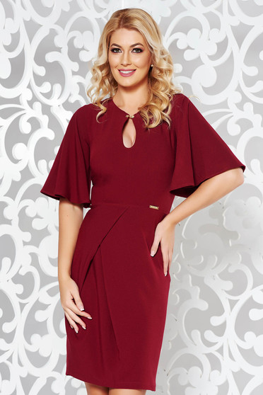 PrettyGirl burgundy elegant pencil dress slightly elastic fabric with tented cut with metalic accessory