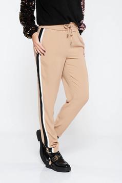 Cream casual trousers with medium waist with elastic waist thin fabric