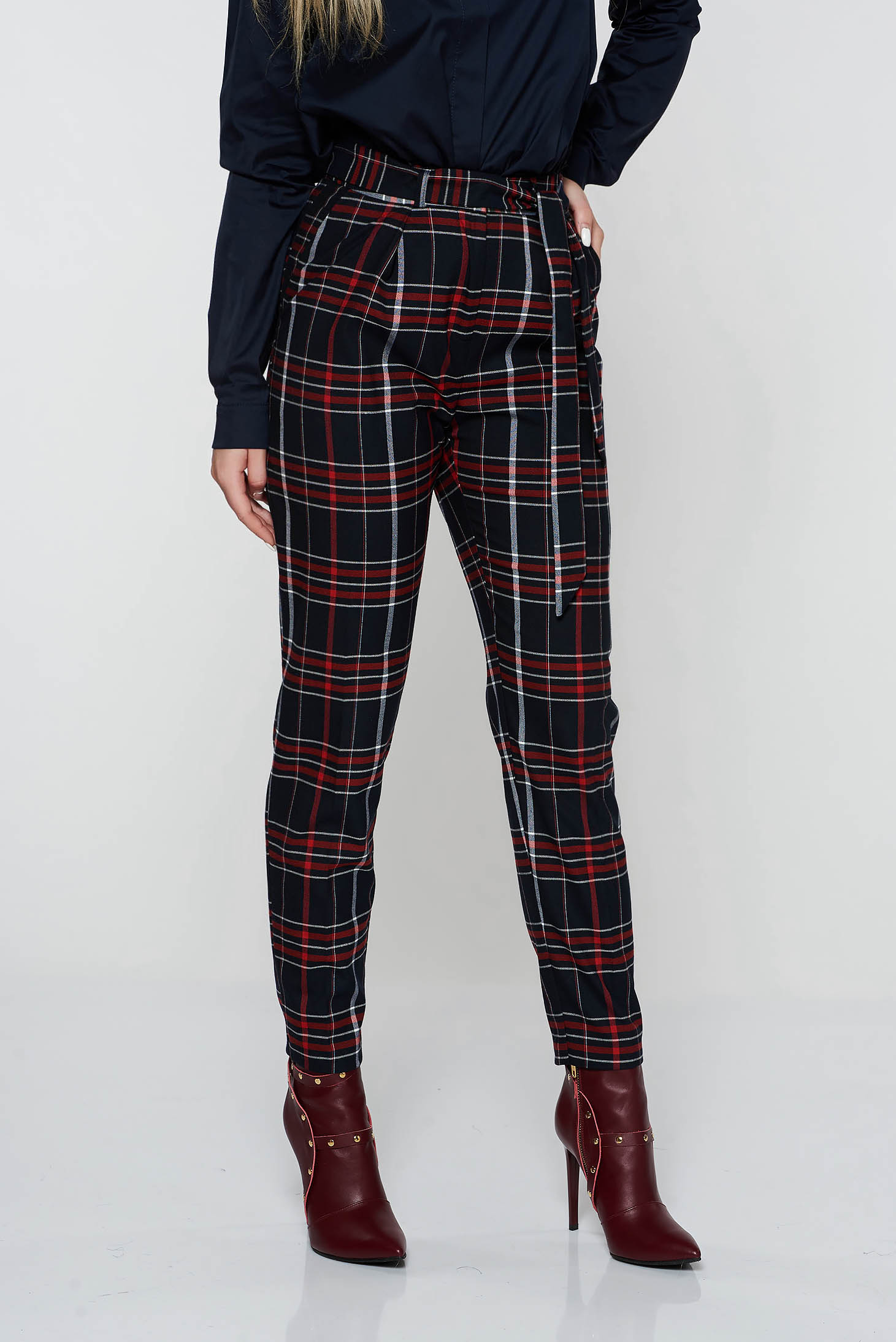 Pantaloni StarShinerS negri casual conici cu talie medie din stofa neelastica cu buzunare accesorizati cu cordon