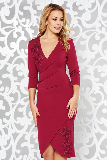 StarShinerS burgundy elegant dress with tented cut with lace details flexible thin fabric/cloth