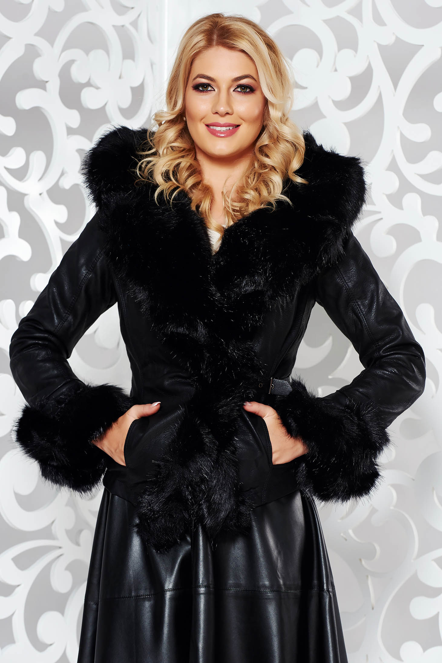 Short cut arched cut jacket from ecological leather black with faux fur lining